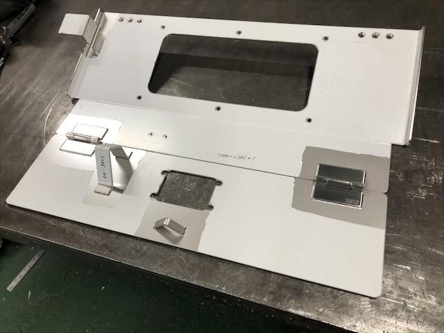 ステンレス 格納箱製作