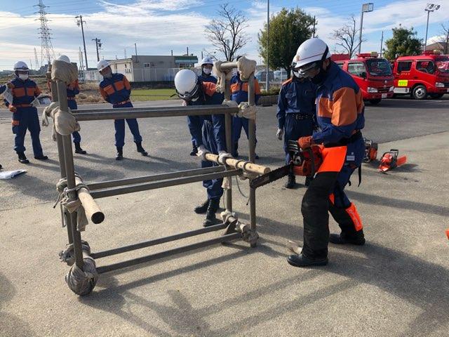 救助資機材取り扱い訓練