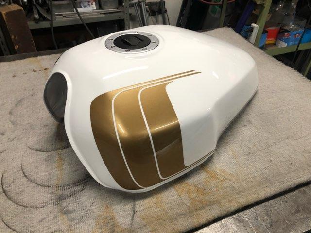 バイク用燃料タンク 修理
