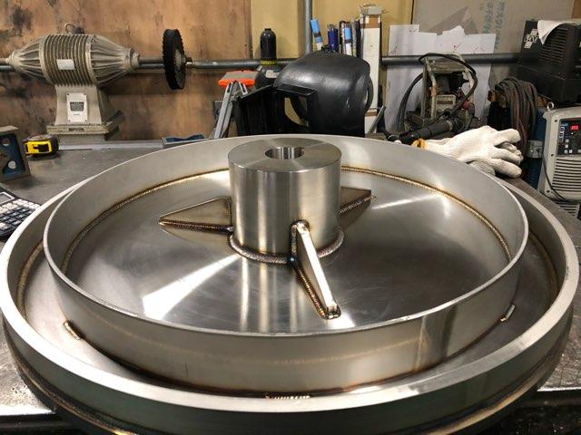 回転テーブル 溶接加工