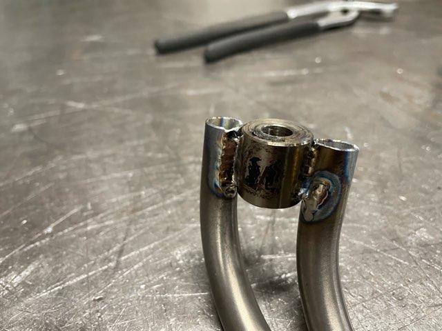 チタンパーツ 溶接修理