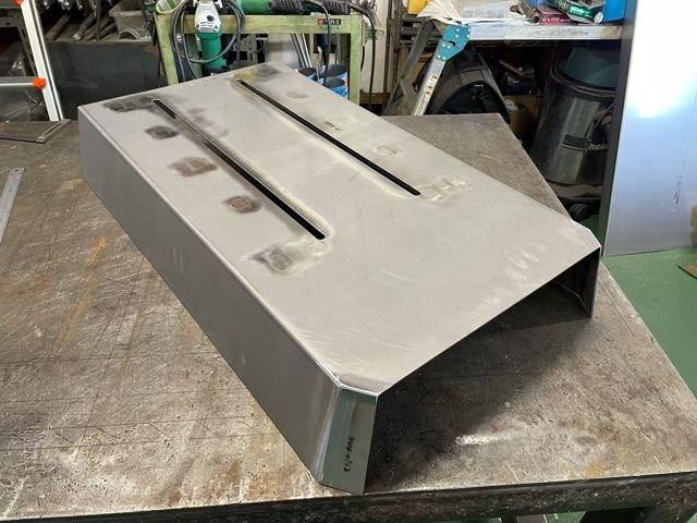 鉄 機械カバー製作